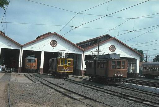 Car Barn and Workshops at Pindamonhangaba with motor coaches A-3, V-2 and V-1 (valley section), from the left, 1997.