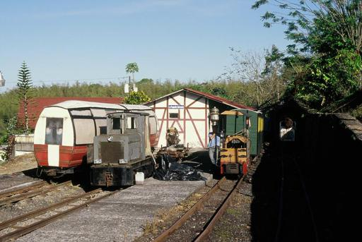 At the lower station. On the left Panorama car, beside it Raco-Saurer locomotive before rebuilding.